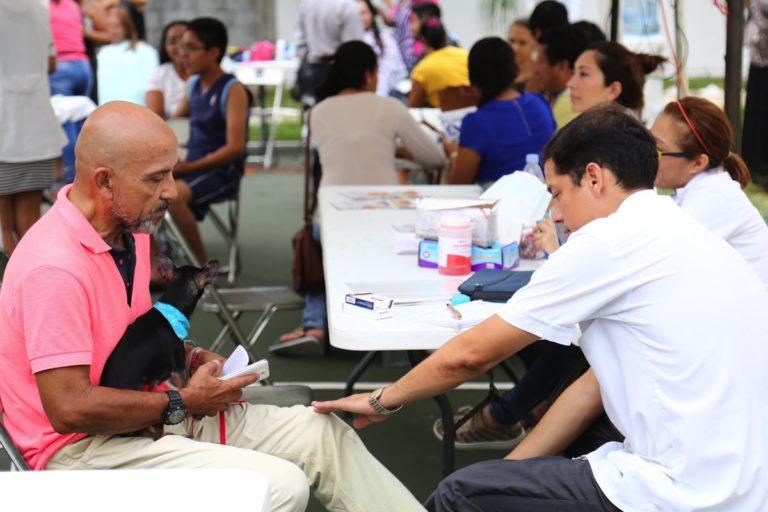 Salud en tu colonia atiende a 140 vecinos de Balam Tun