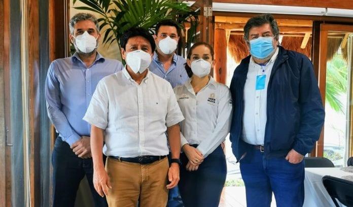 El Gobierno de Tulum, encabezado por el alcalde Víctor Mas Tah, se reunió con funcionarios como Rogelio Jiménez Pons, Director deFonatur, en aras de trabajar sobre el desarrollo urbano de Tulum, que implica la mega obra Tren Maya.